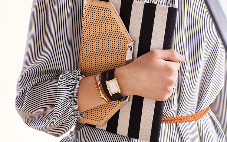 Shop Stella and Dot Wallets & Clutches